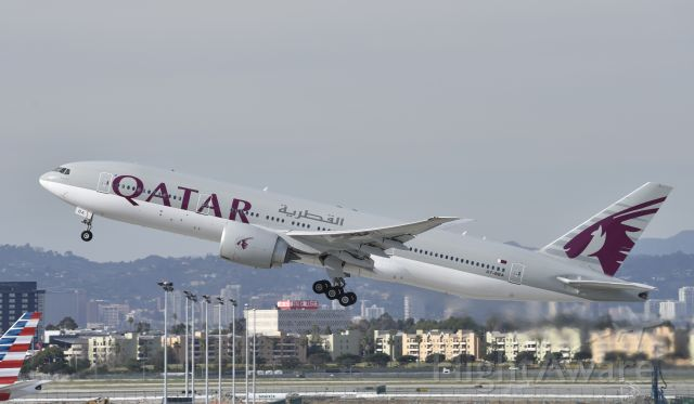 BOEING 777-200LR (A7-BBE) - Departing LAX