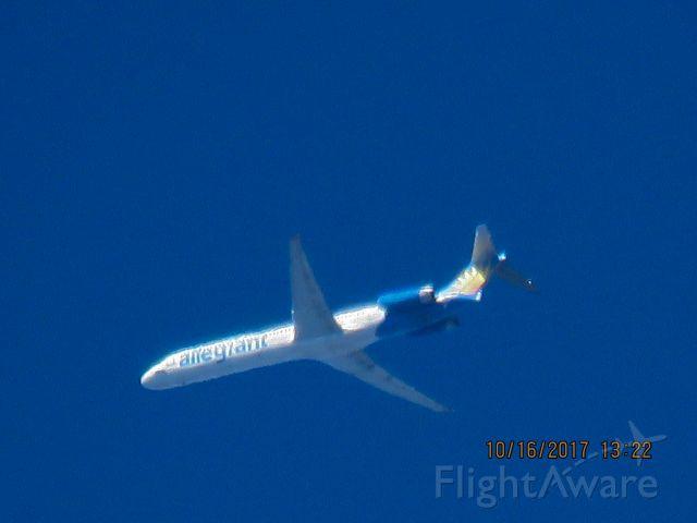 McDonnell Douglas MD-83 (N404NV)
