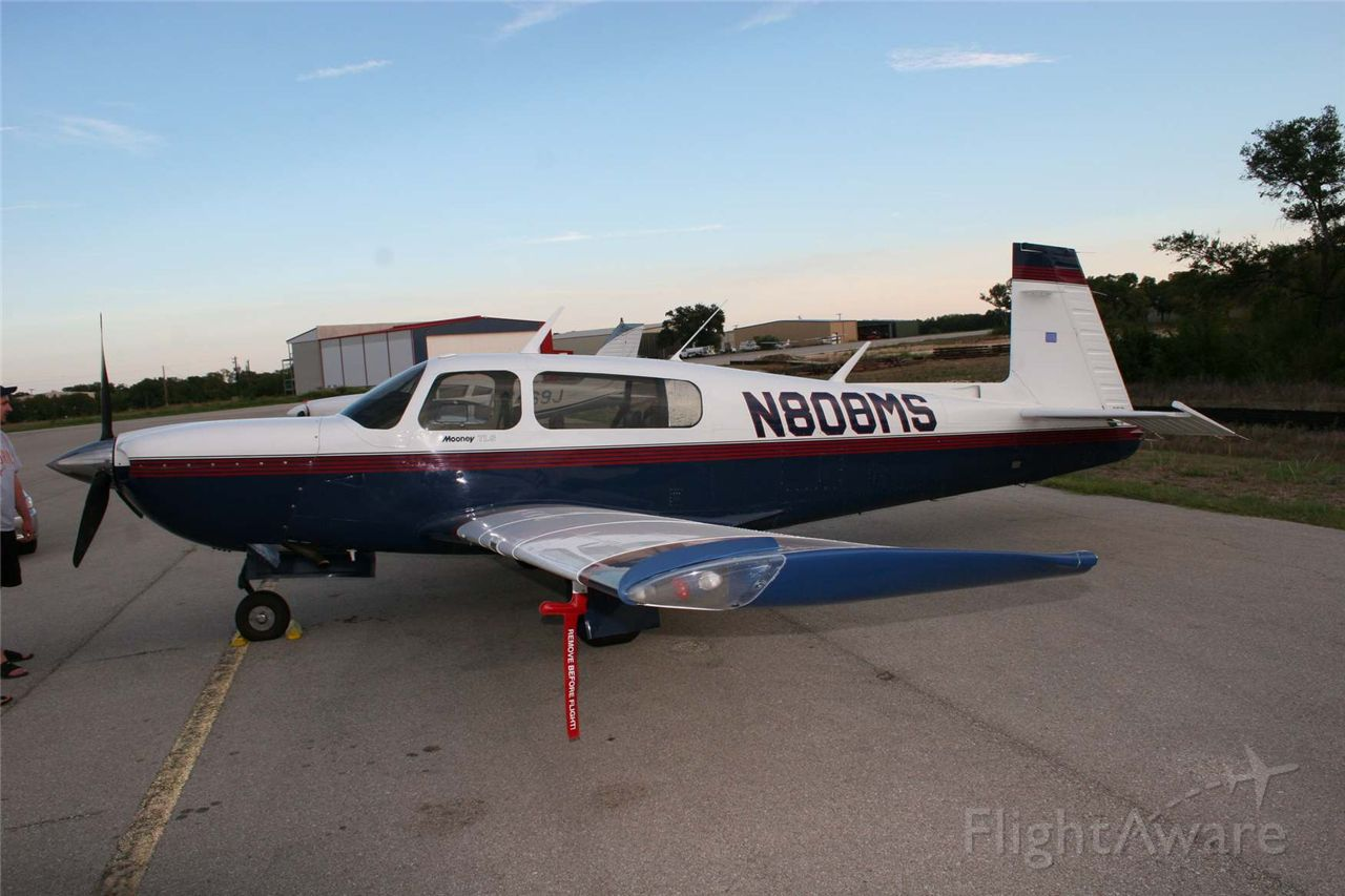 Mooney M-20 Turbo (N800MS)