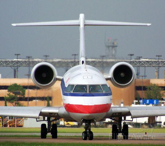 Canadair Regional Jet CRJ-200 (N514AE) - AE CRJ looks down her nose at me.