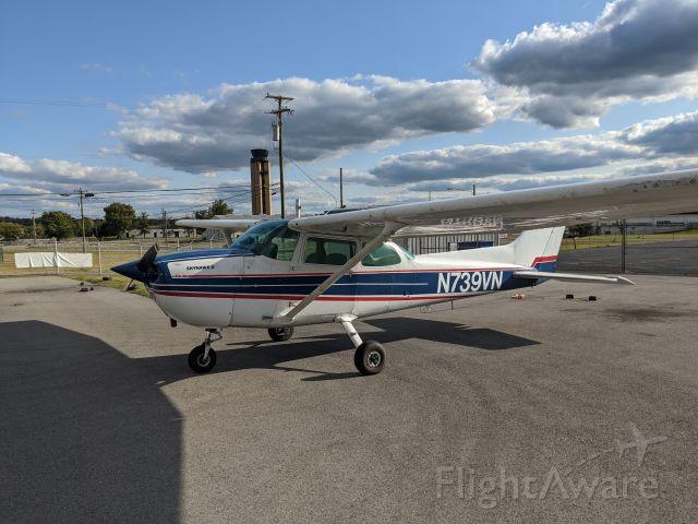 Cessna Skyhawk (N739VN) - bugsmasher supreme