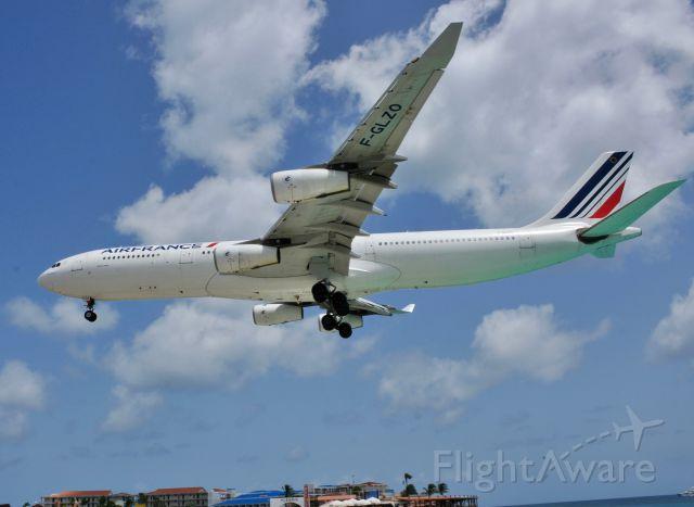 Airbus A340-300 (F-GLZO)