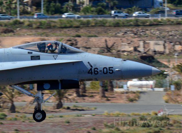 McDonnell Douglas FA-18 Hornet (N4605)