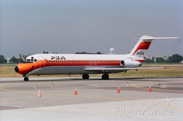 McDonnell Douglas DC-9-30 (N708PS) - KSJC - PSA merger jet arriving at San Jose Intl photo date apprx 1987-88. Note the USAir/PSA merger sticker.