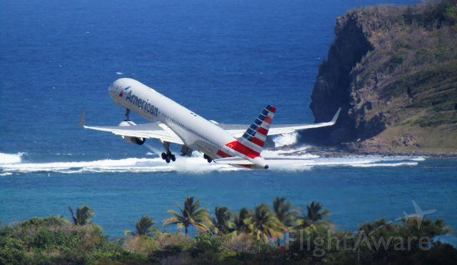 Boeing 757-200 (N178AA)