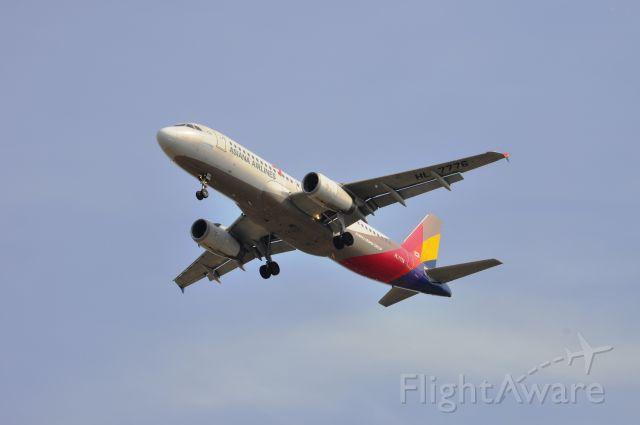 Airbus A330-200 (HL7776)