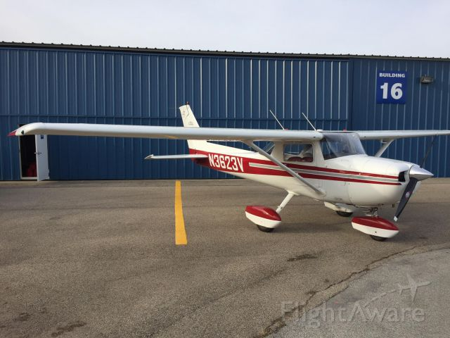Cessna Commuter (N3623V) - 3623V with re-painted wheel pants and polished spinner