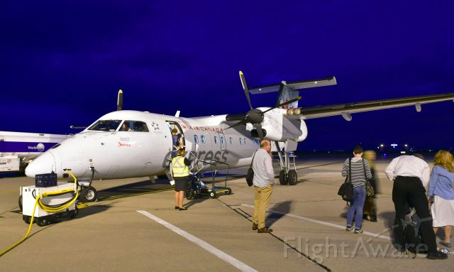 de Havilland Dash 8-100 (C-FPON) - Air Canada Express De Havilland Canada DHC-8-102 Dash 8 C-FPON in Windsor