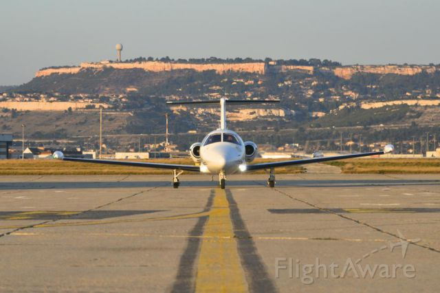 Eclipse 500 (FWR21) - TR taxiing in after landing in Marseille, France