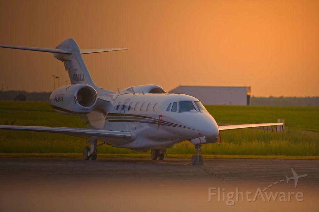 Cessna Citation X (N758XJ) - Parked Atlantic City International NJ