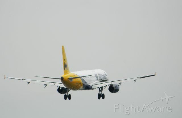 Airbus A321 (G-ZBAG)