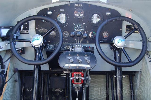 Ford Tri-Motor (NAC8407) - EAA Ford Tri-Motor, 9-11-11