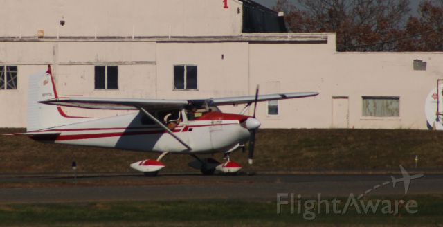 Cessna Skylane (N5995B) - Taxiing to parking is this 1956 Cessna Skylane 182A in the Autumn of 2020.