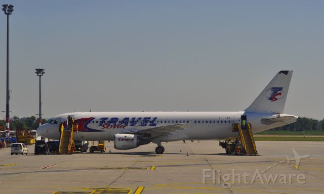Airbus A320 (YL-LCC) - Travel Service - Canaria Travel Airbus A320-211 YL-LCC in Bratislava Airport