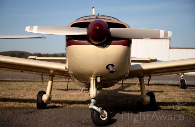 N333RA — - Free castoring nose wheel.
