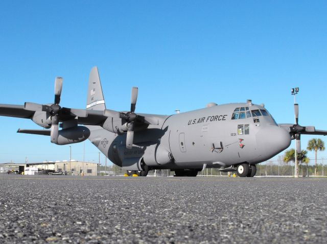 Lockheed C-130 Hercules (91-1231) - One of Kentucky ANGs C-130Hs here at Tallahassee to pick up a guard unit.