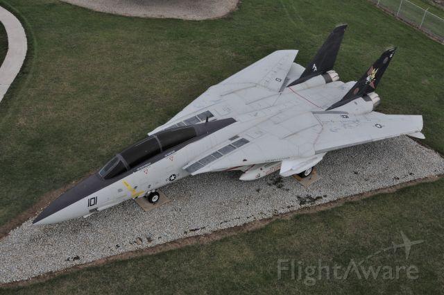 Grumman F-14 Tomcat — - GRISSOM AIR BASE MUSEUM