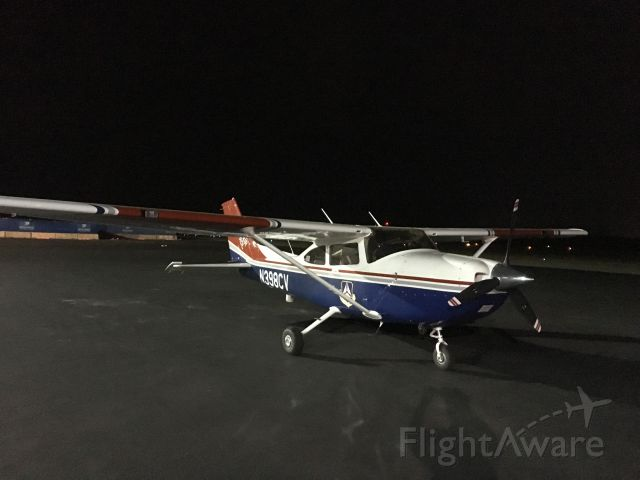 Cessna Skylane (N398CV) - Night time fueling