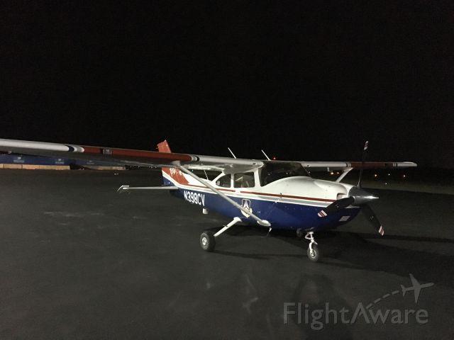 Cessna Skylane (N398CV) - Night time fueling