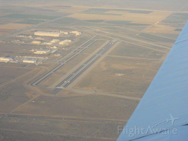 Piper Cherokee (N29115) - Runway 7/22 of KPMD from the back seat of N29115