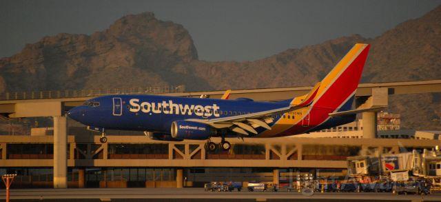 Boeing 737-700 (N490WN) - phoenix sky harbor international airport 31DEC20