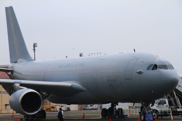 Airbus A330-200 (A39003)
