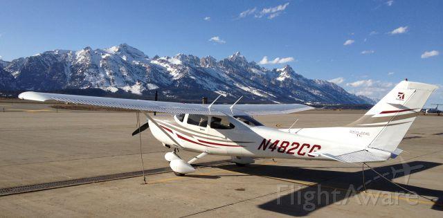 Cessna Skylane (N482CG) - Spring in the Tetons