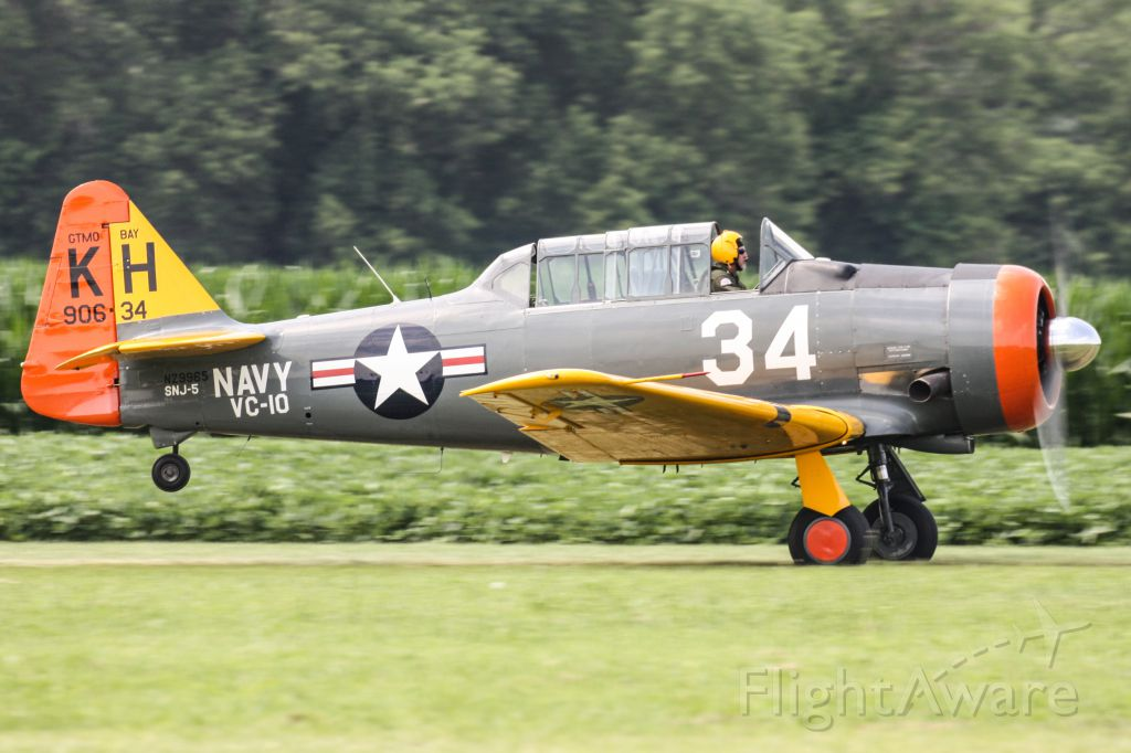 "North American T-6 Texan (N29965) - 2015 ""Greatest Show on Turf"""
