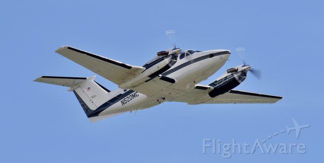 Beechcraft Super King Air 200 (N520MC)