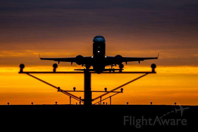 Embraer ERJ-190 — - Sunrise Departure