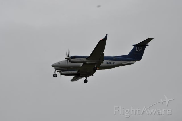 Beechcraft Super King Air 300 (N801UP)
