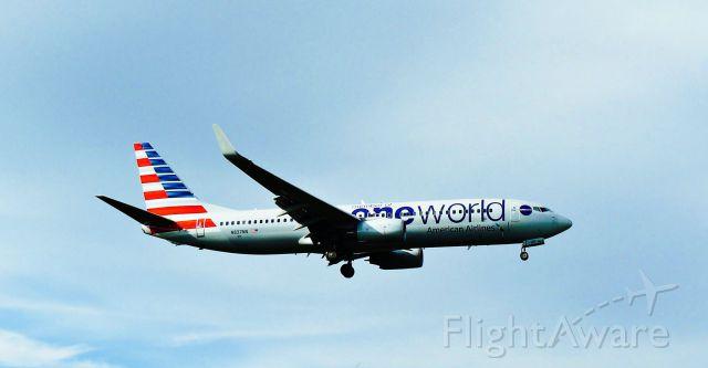 Boeing 737-800 (N837NN) - American B738 on final APP at MDPP Airport!