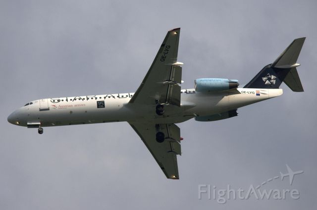 Fokker 100 (OE-LVG) - 15 Years Star Alliance