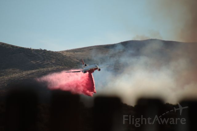McDonnell Douglas DC-10 (TNKR914) - Poeville Fire between Reno and Stead. From our back yard looking west. Photo by my wife, Jan Edwards