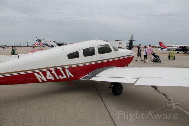 Piper Cherokee (N41JA)
