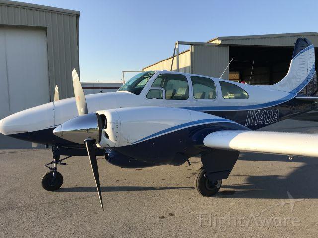 Beechcraft Travel Air (N14DA)