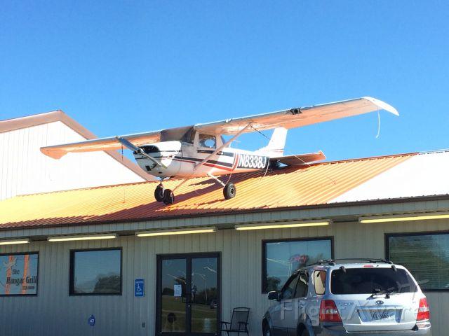 Cessna Commuter (N8338J)