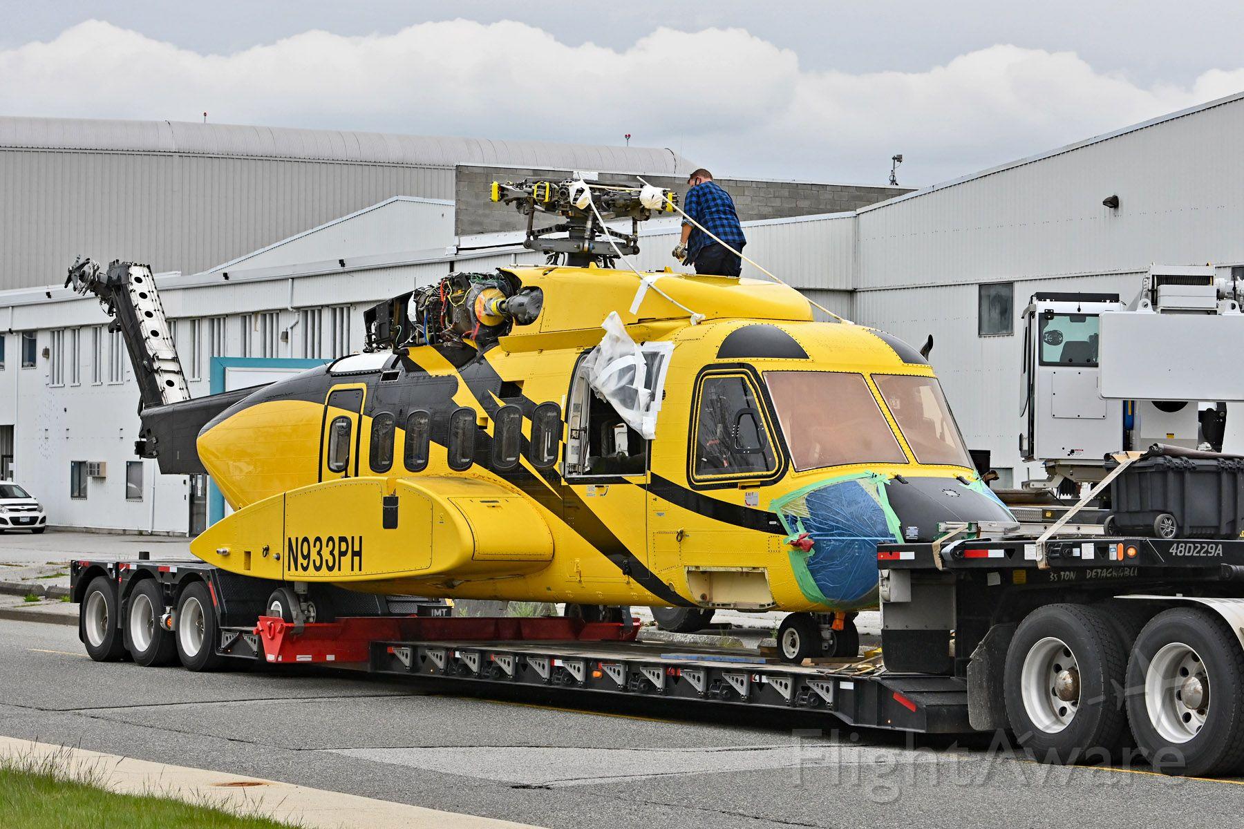 Sikorsky Helibus (N933PH)