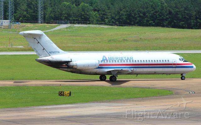 Douglas DC-9-10 (N785TW)
