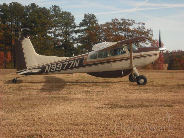 Cessna Skylane (N9977N)