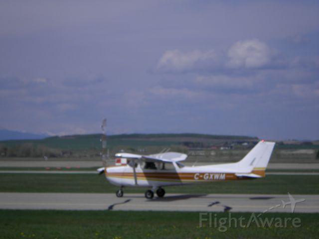 Piper L-21 Super Cub (C-GXWM) - CGXWM Piper l-21 Super Cub.