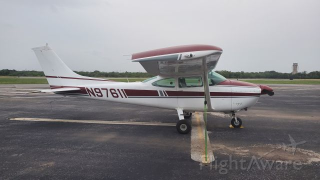 Cessna Skylane (N98611)