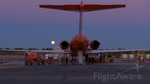 McDonnell Douglas MD-87 (N291EA) - Late in the day maintenance on Tanker 101.