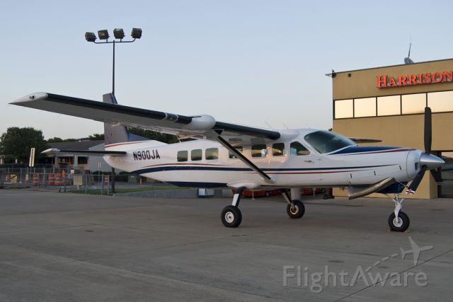 Cessna Caravan (N900JA)