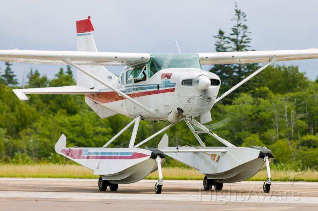 Cessna 206 Stationair (C-GBHL)