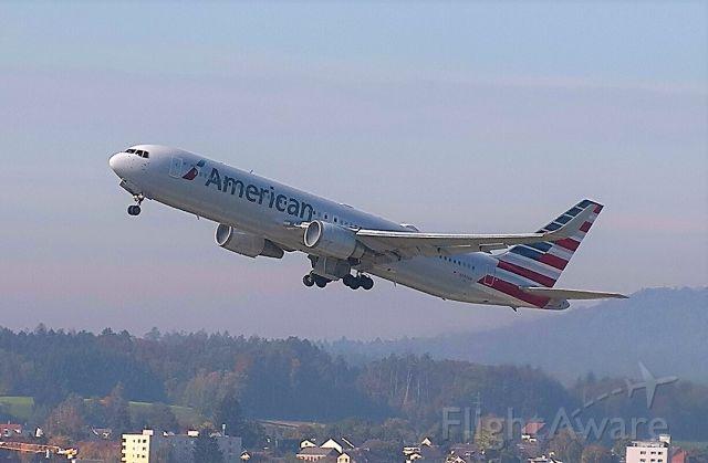 BOEING 767-300 (N390AA) - REG:N390AA, BOEING 767-323