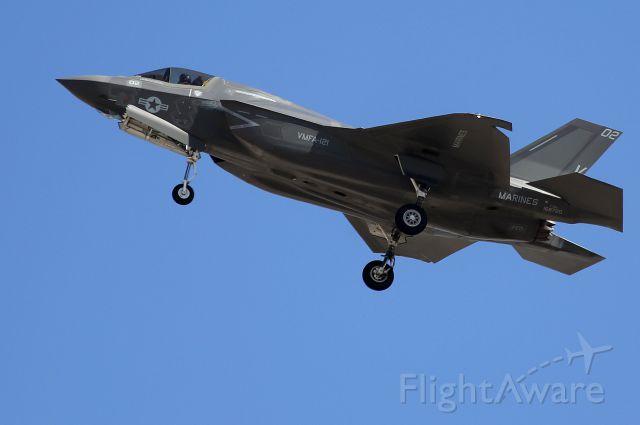 "— — - Kockheed Martin F-35B Lightning II VMFA-121 ""Green Knights"" Recovery @ MCAS Yuma, AZ"