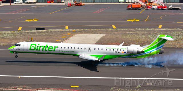 Bombardier CRJ-1000 (EC-MOX)