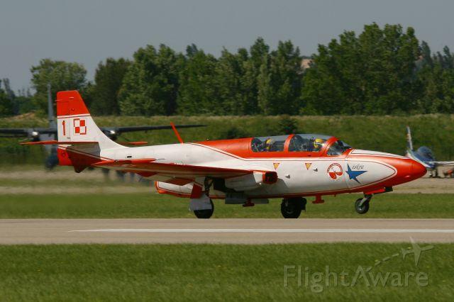 PZL-MIELEC Iskra (3H2011) - PZL-Mielec TS-11A Iskra, Iskry Team, Salon De Provence Air Base 701 (LFMY)