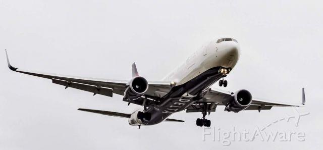 N1603 — - Delta 87 from Frankfurt on final approach for runway 4L at Detroit Metropolitan Airport.